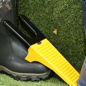 Image of Grubs Boot Jack