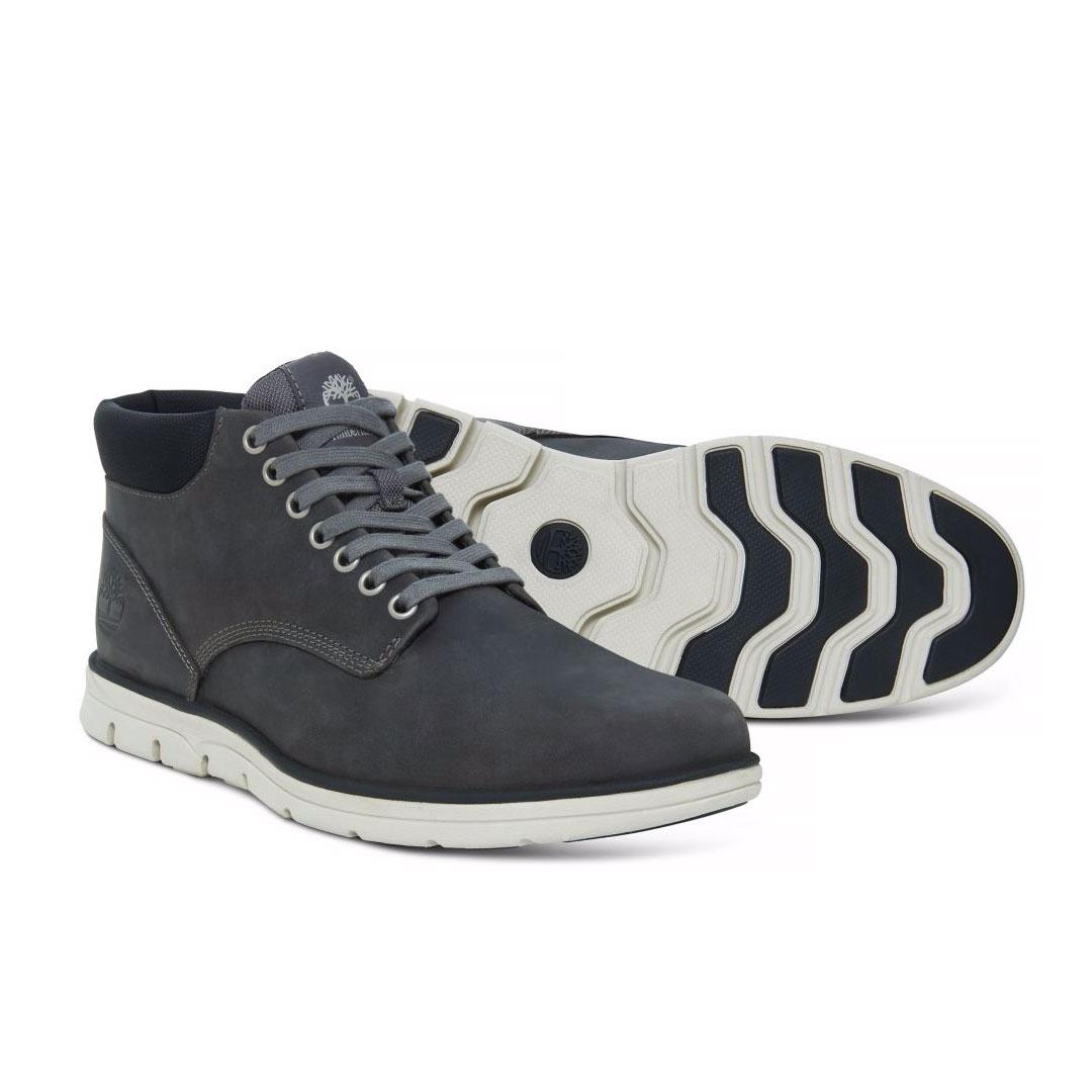 Image of Timberland Bradstreet Chukka Leather Casual Boots (Men's) - Pewter  Saddleback/Dark